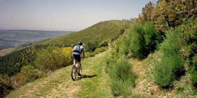 El Camino de la Herradura es una de las numerosas rutas con las que cuenta Ezcaray.