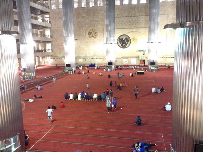 世界三大モスクのひとつ、イスティクラル・モスク