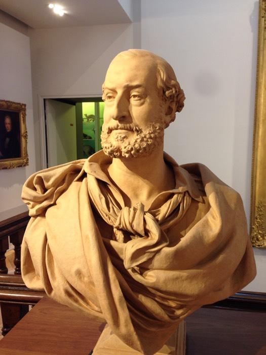 彫刻像 in アート&考古学美術館