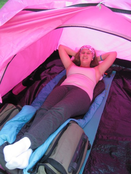 susan g. komen 3-day breast cancer walk blog camping hacks bag as foot rest