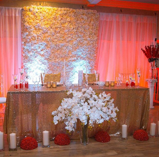 Wedding Flower Rentals: Where To Use A Flower Wall