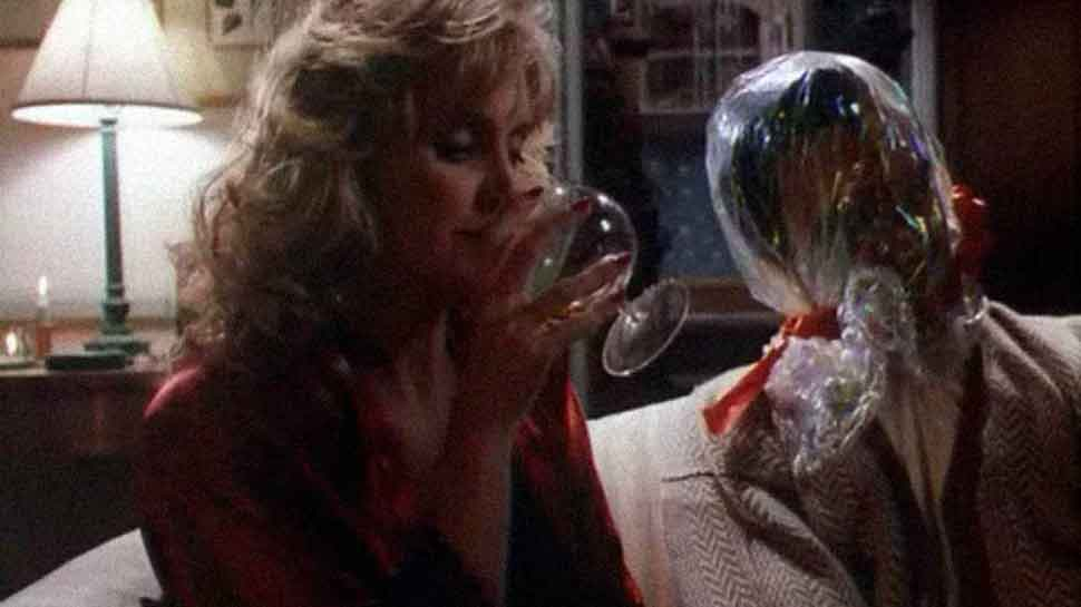 A scene from the second episode of Tales From The Crypt titled All Through The Night.