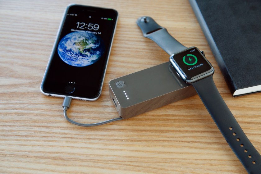 Time Traveler charges your iPhone and apple watch all at once thanks to a wireless battery bank