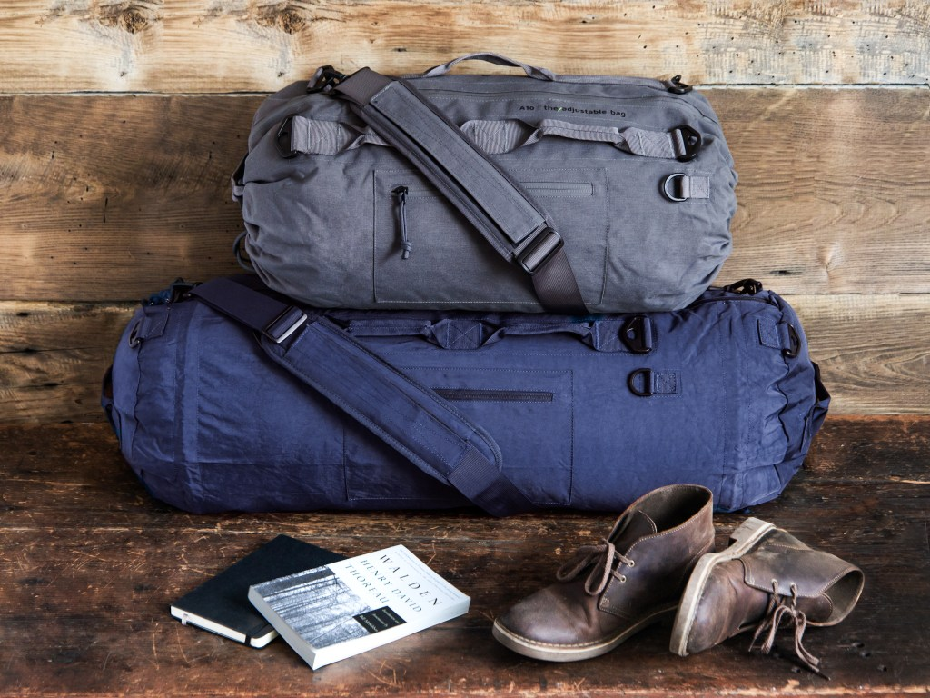 PIORAMA adjustable duffle bag, goes from overnight to weekender
