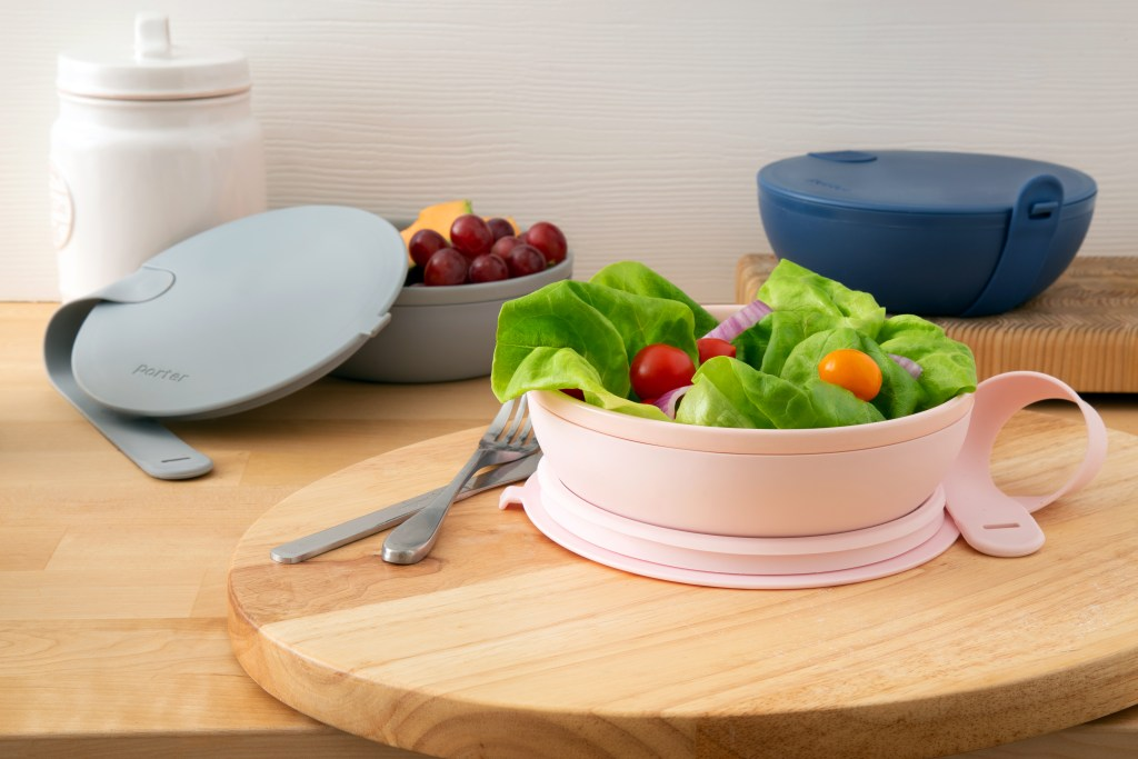 Lunch and snacks are seen packed neatly into 3 W&P porter lunch bowls