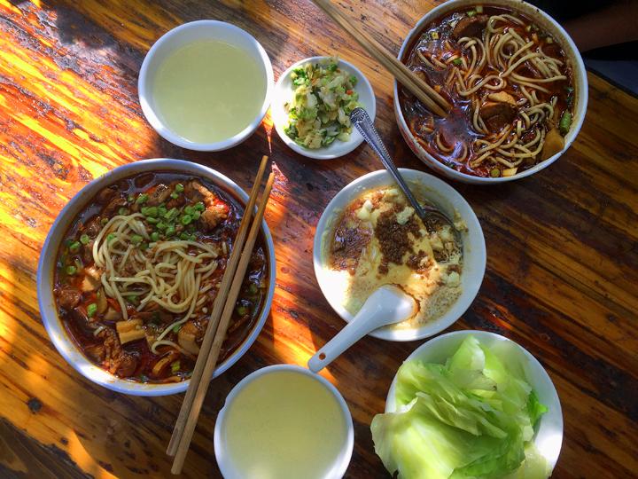 chengdu-noodles-2