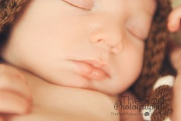 sleeping-newborn-close-up-detail-shot