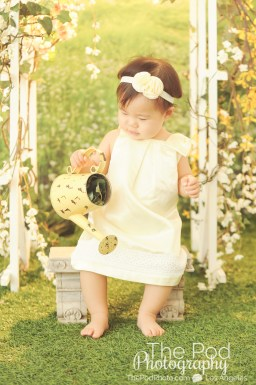 Pacific-Palisades-Baby-Photographer-Studio-Grass-Set-Sun-Glow-One-Year-Old