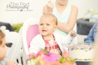 best-event-photographer-los-angeles-cake-smash-candid-one-year-birthday-party