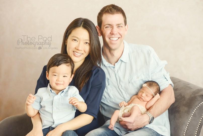 santa-monica-best-family-photographer-photo-studio-baby-pictures