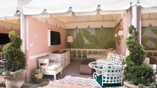 new-beverly-hills-hotel-cabana-pink-green