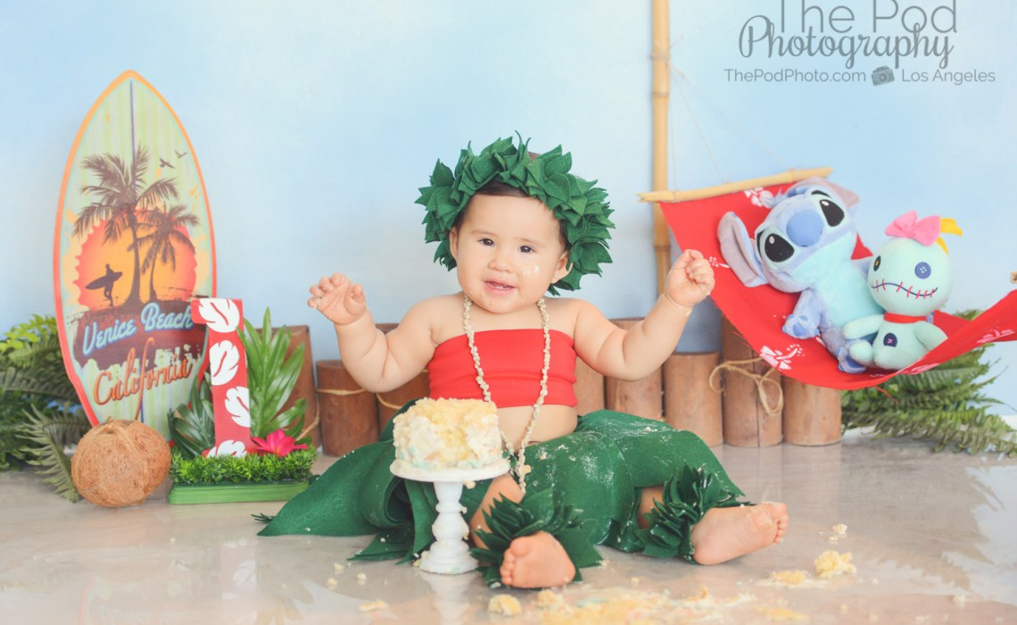 lilo-and-stitch-first-birthday-cake-smash-portrait