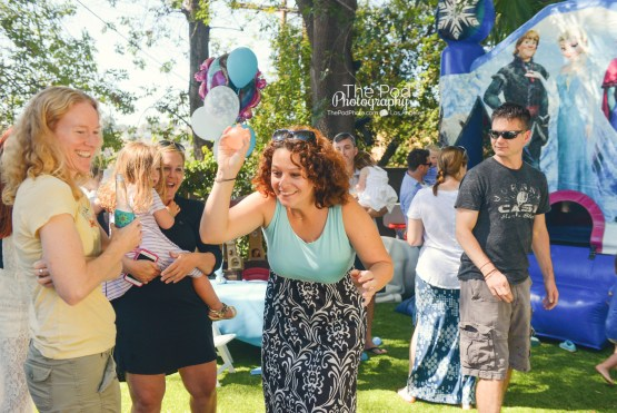 Water-Balloon-Fight-Action-Fun-Birthday-Party-Photographer-Hollywood