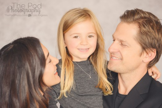 best-beverly-hills-family-portraits