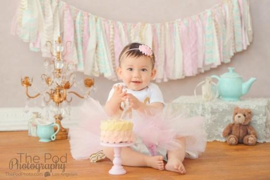 best-first-birthday-cake-smash-photographer-pasadena