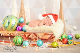 christmas-sled-newborn-picture-santa-hat-colorful