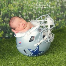 sports-themed-baby-pictures-manhattan-beach