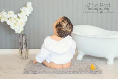 naked-butt-baby-bathtub-fun-photos