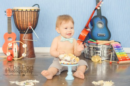 happy-first-birthday-cake-smash-photographer-silver-lake-los-angeles