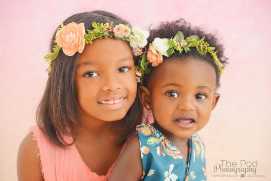 malibu-kids-photographer-hombre-background-floral-crowns