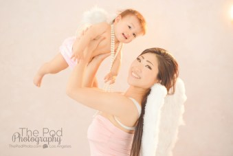 playful-angel-wing-baby-portraits