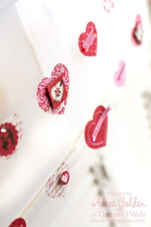 Alice-Golden-Therm-O-Web-iCraft-Valentine-Garland-9