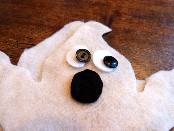 AudreyPettit Thermoweb StitchnSew Ghosts Tut4