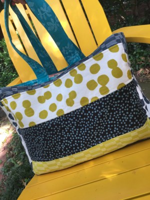 Lucky Carry All Tote by Kristen of Two Blondes and a Sewing Machine