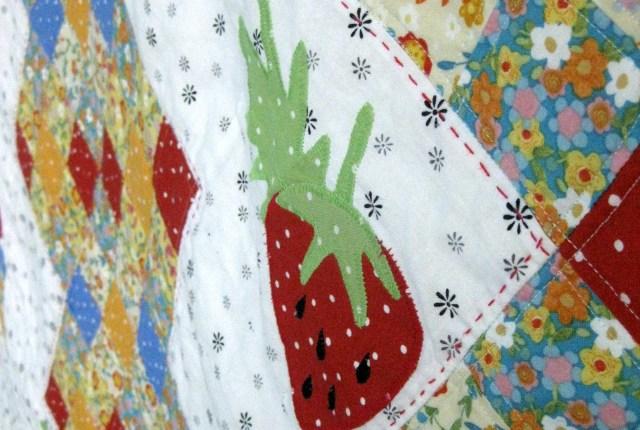 Strawberry Festival Quilt HeatnBond Lite Amy Warner