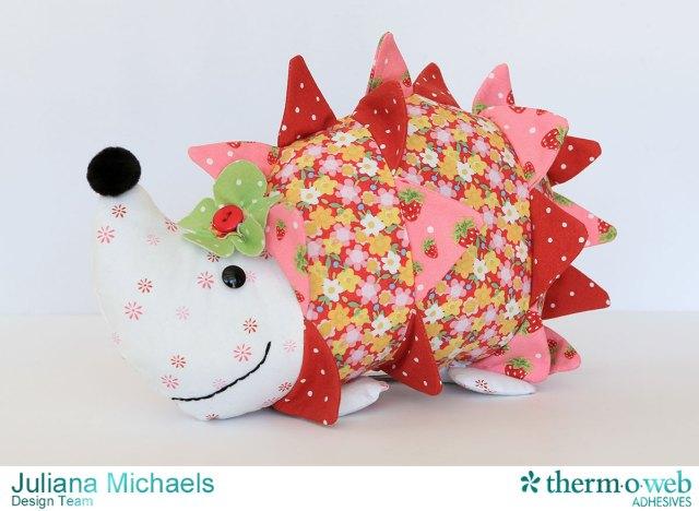 Hedgehog-Sewing-Pattern-Jennifer-Jangles-Strawberry-Festival-Therm-O-Web-Heat-N-Bond-Juliana-Michaels-01