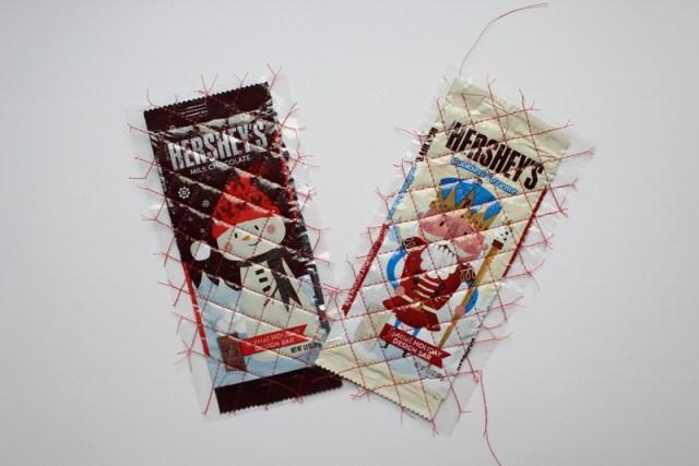 Candy Wrapper Zipper Pouch | www.blog.thermoweb.com