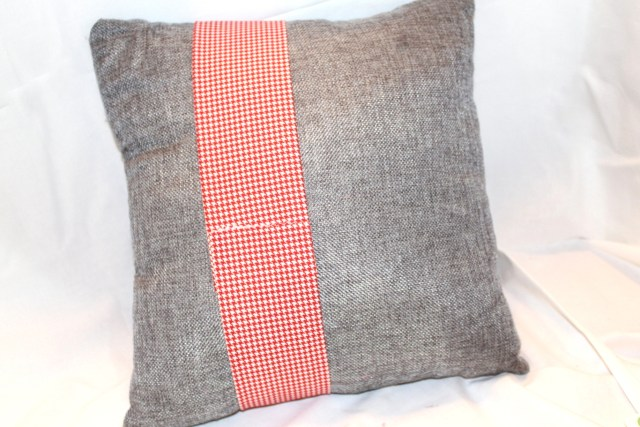 valentine-pillow-16