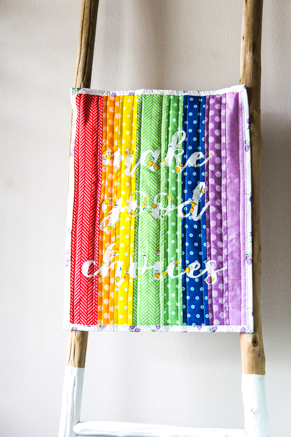 Heat N Bond Applique Rainbow Back to School Mini Quilt | www.blog.thermoweb.com