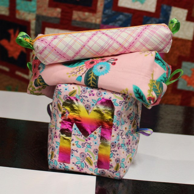 wee zippy pouch set