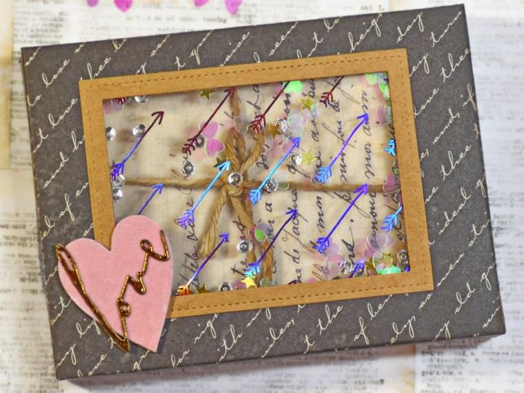 Valentine Shaker Box