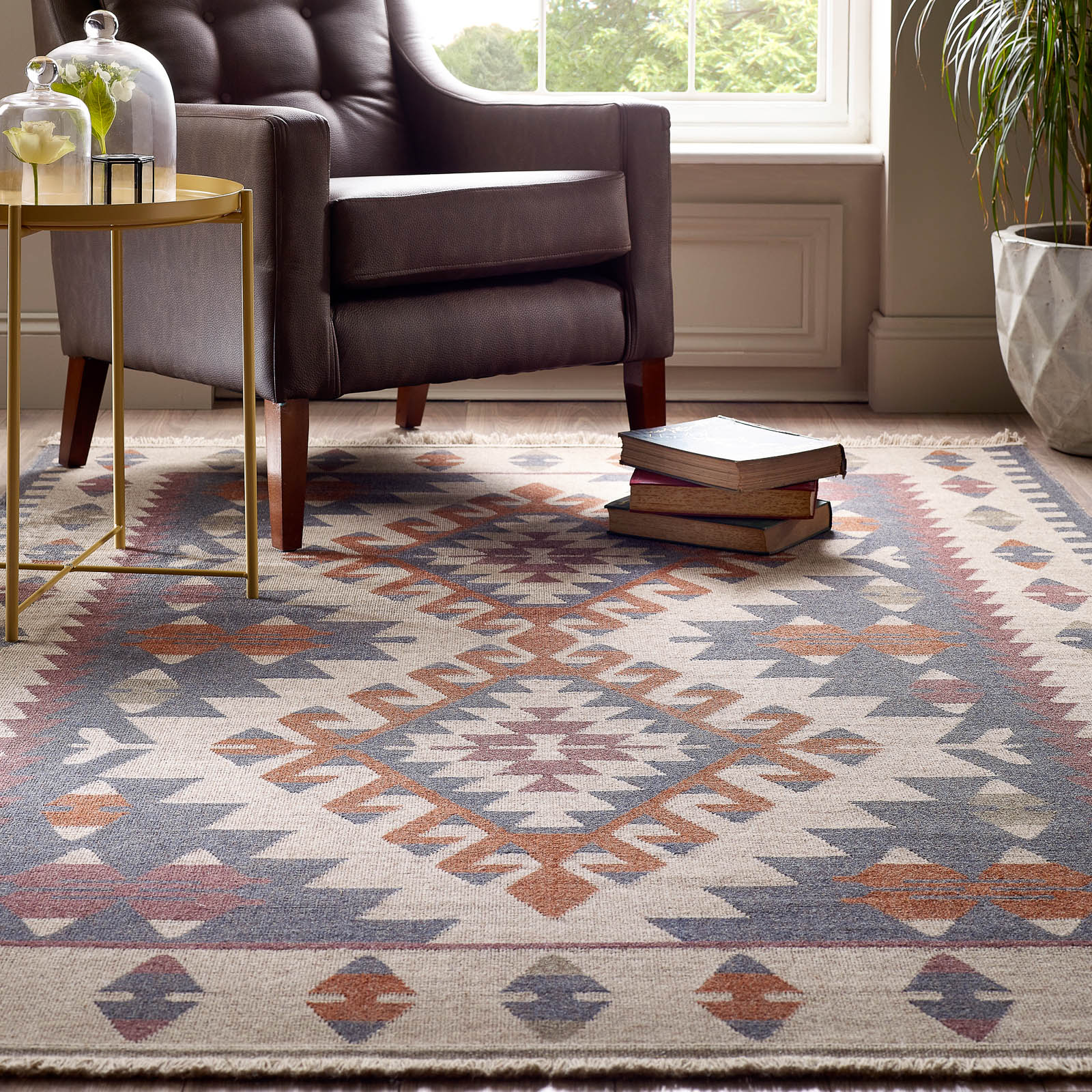 What S The Difference Between A Traditional Kilim Rug