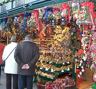 Shop the lovely markets while enjoying a marvelous Christmas cruise this Nov/Dec.
