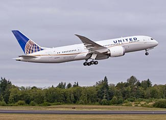 United's first 787 taking off from Boeing's Everett plant.