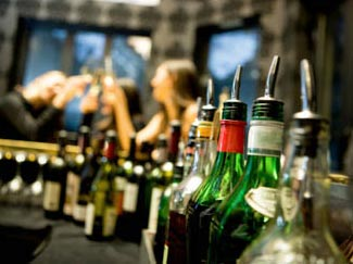 What would happen if a bar was run the same was as an airline?  Read on to find out.