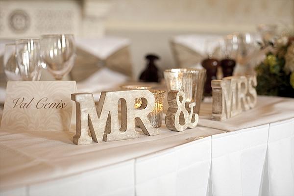 Mercury Silver Glass Decorations & Details