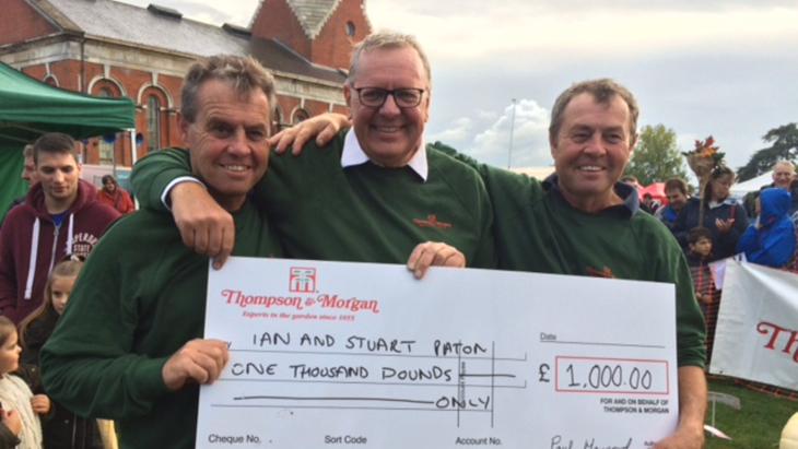 Ian and Stuart Paton UK record holders with Paul Hansord, Thompson & Morgan