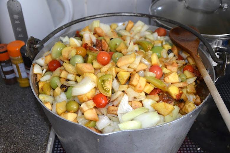 Full pot of green tomato chutney recipe