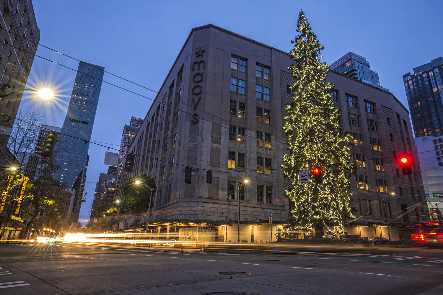 Christmast treet at the intersection of Fourth Avenue, Olive Way & Stewart Street in downtown Seattle. (December 18, 2020).