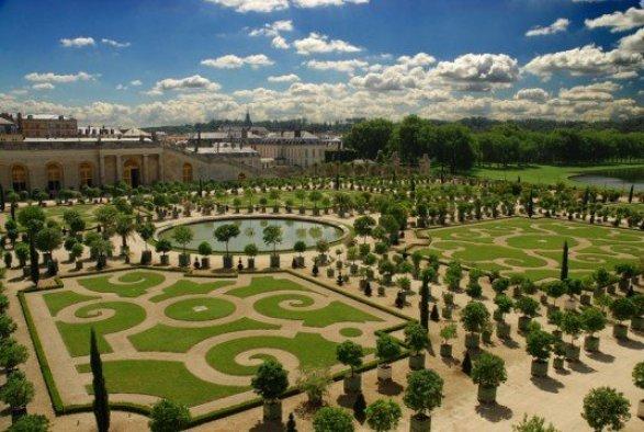 Versailles.gardens.overhead2