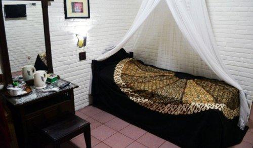 Hotel Wisma Ary's