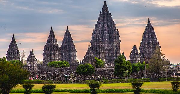 Candi di Indonesia Terindah dan Bersejarah - Candi Prambanan
