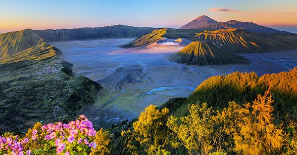 Gerhana Bulan Juli 2018 - Gunung Bromo