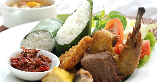 Kuliner Bandung - Roemah Nenek Resto Cafe