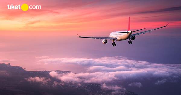 Strategi Mencari Tiket Pesawat Murah