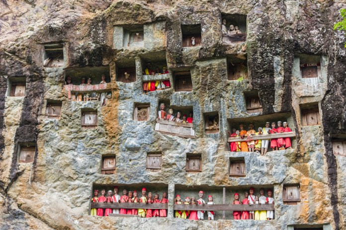 9 Most Unique Tourist Attractions You Ll Only Find In Indonesia Tiket Com